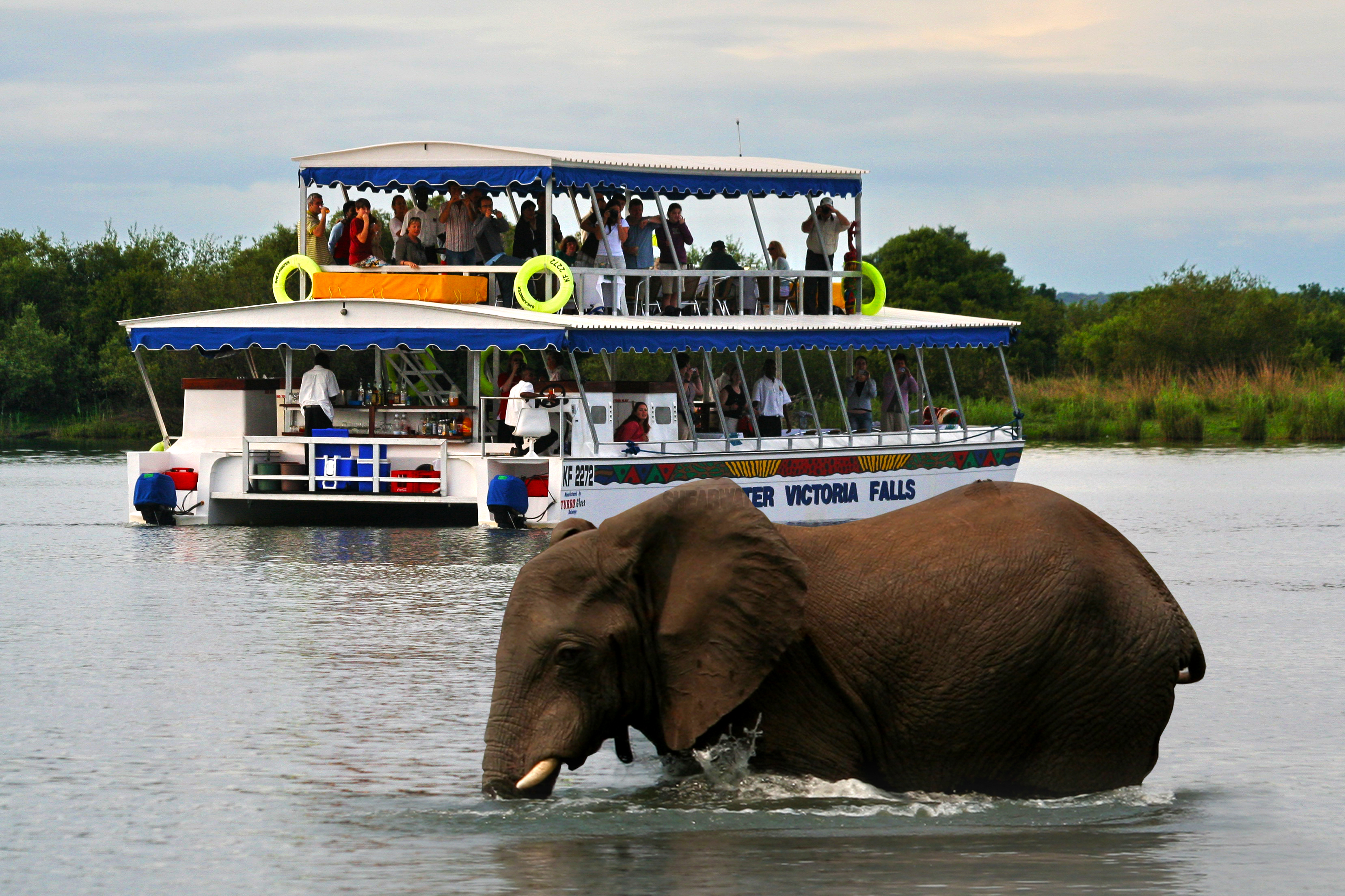 Victoria Falls Sunset Cruise Package